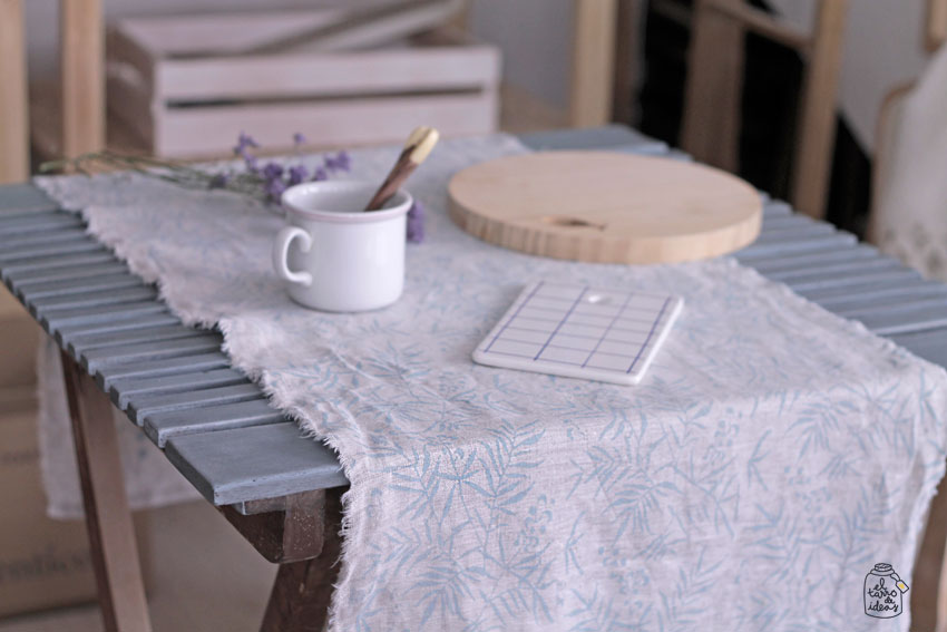 mesa, tutorial, paso a paso, pintar muebles, muebles de jardín, antes y después, handmade, pintura, azul, efecto tiza