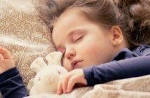 Schlafendes-Kind-alles-ist-wieder gut