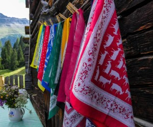Geissenpeter, Alp, Savognin, Graubünden, Halstücher
