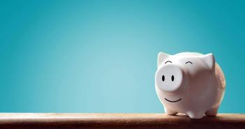 Taschengeld Sackgeld Geld Jugendliche Kinder Sparschwein Jugendlohn kaufen Selbstverantwortung PostFinance MoneyFit Umgang mit Geld sparen