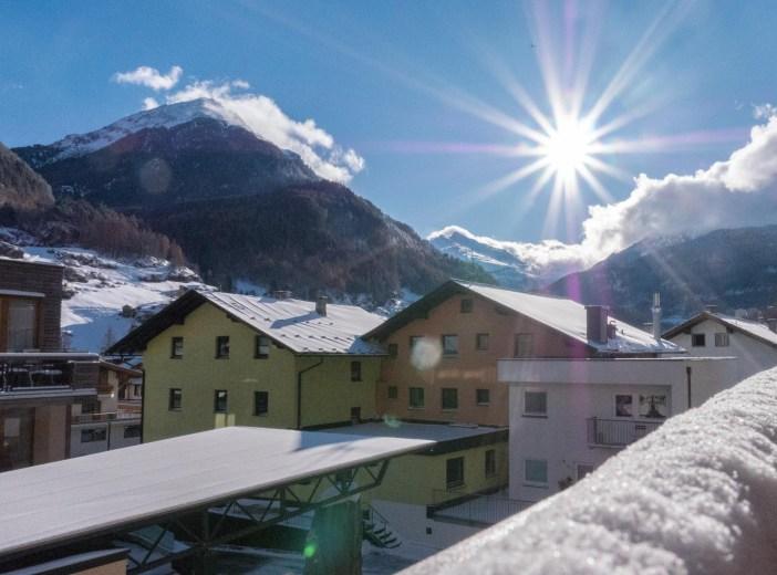 Bergland Hotel Sölden Wellness Schnee geschneit