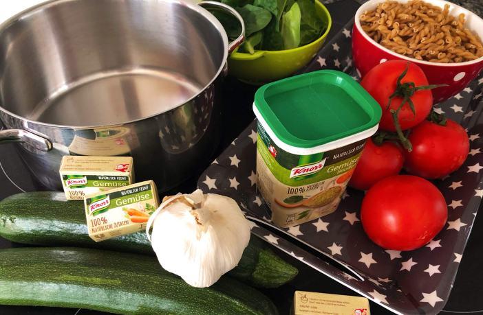 One Pot Pasta, einfach, Rezept, kochen, schnell, alles in einem Topf, Knorr, Gemüse, Bouillon