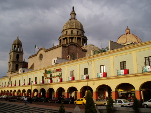 Los portales de Toluca Punto # 113 de febrero 11, 2010 (2/2)