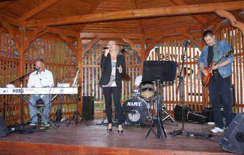 Piosenka jest dobra na wszystko – Koncerty w Altanie