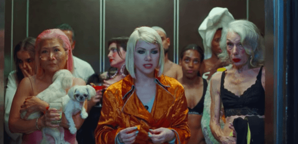 "Carly Rae Jepsen vuelve con ""Party For One"""
