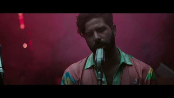 "Foals estrenan el vídeo para ""In Degrees"""