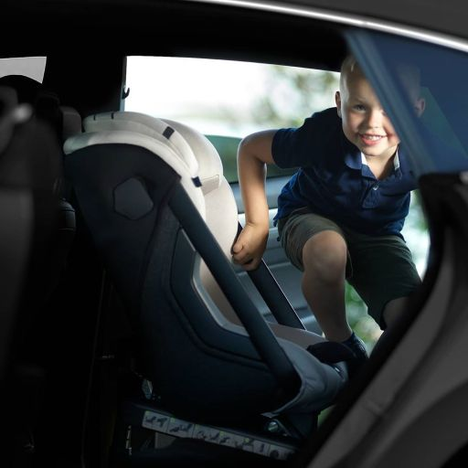 silla iSOFIX a contramarcha AXKID ONE