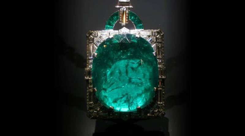 Mackay Emerald - Emerald Meaning and Uses - Elune Blue (2)
