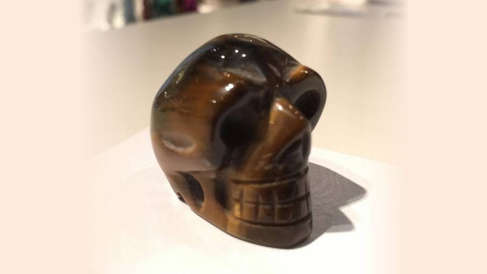 Most notable of tiger's eye stone uses is its ability to sharpen the senses, quicken the wit, and improve perception and quick thinking.  It is a stone for visionaries, helping to unlock hidden potential and allowing us to see outside to box to come up with new ways of thinking. -- Tigers Eye Stone Meaning and Uses