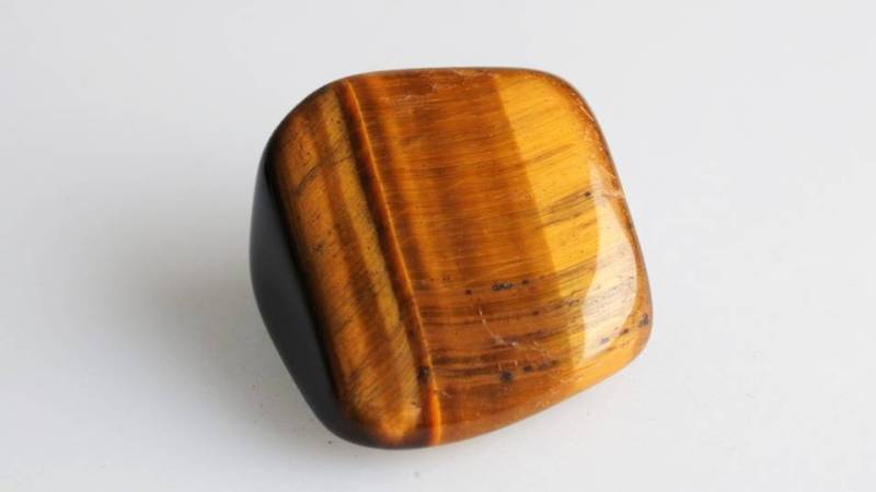"Tiger's Eye stone is the ""all-seeing, all-knowing eye.""  It finds its role in history and contemporarily being used for the assistance in improving perception and vision. -- Tigers Eye Meaning and Uses"