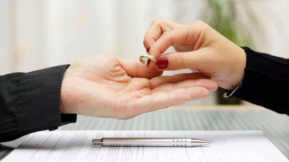 ley-divorcio-chile-requisitos-para-divorciarse-1280x720
