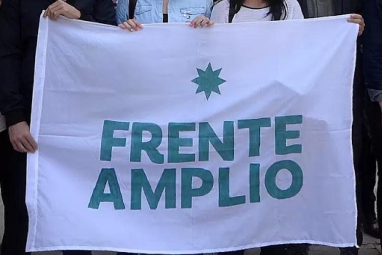 Frente Amplio w-AKOo1asdf3