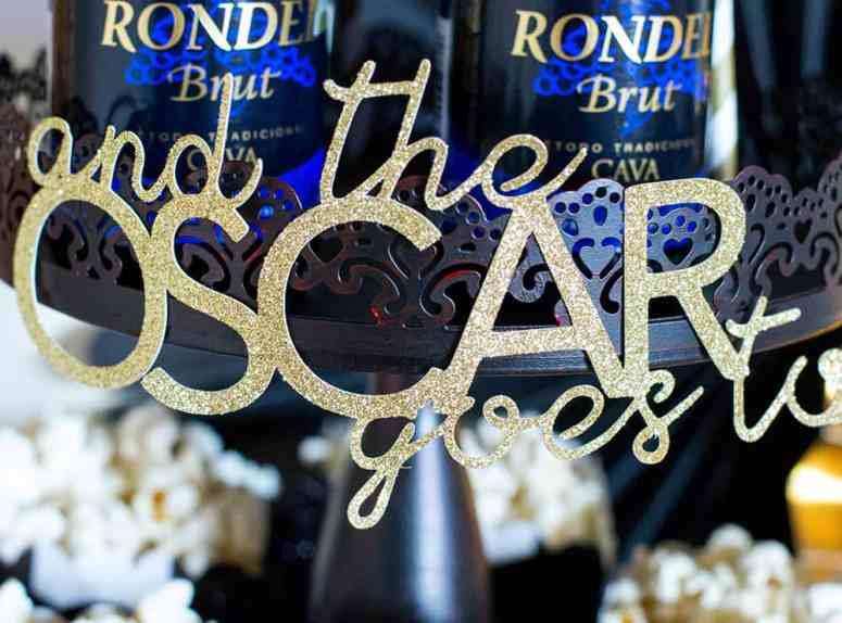 Oscar cutout with Silhouette Cameo