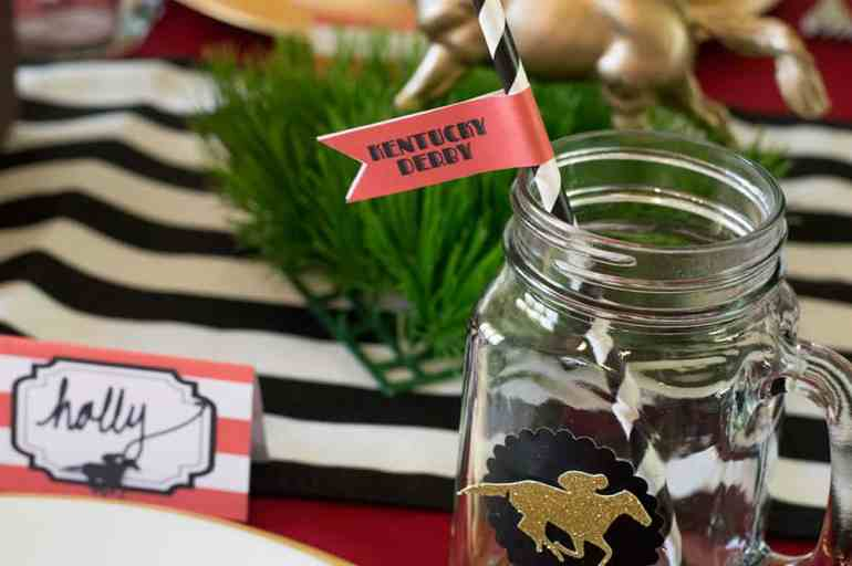 Kentucky Derby Mason Jars with free straw flag printable. Download yours at elvamdesign.com.