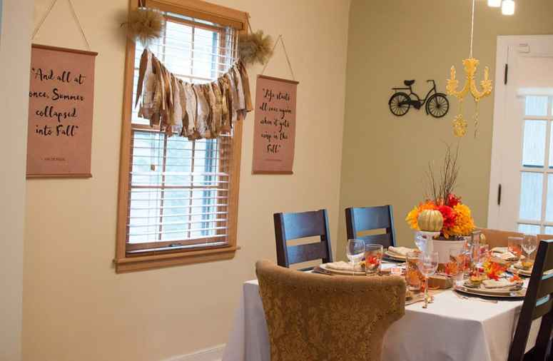 Festive Fall Tablescape Dining Room