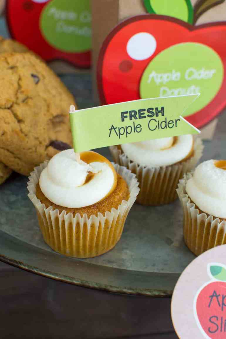 Pumpkin Cupcakes with topper by Elva M Design Studio