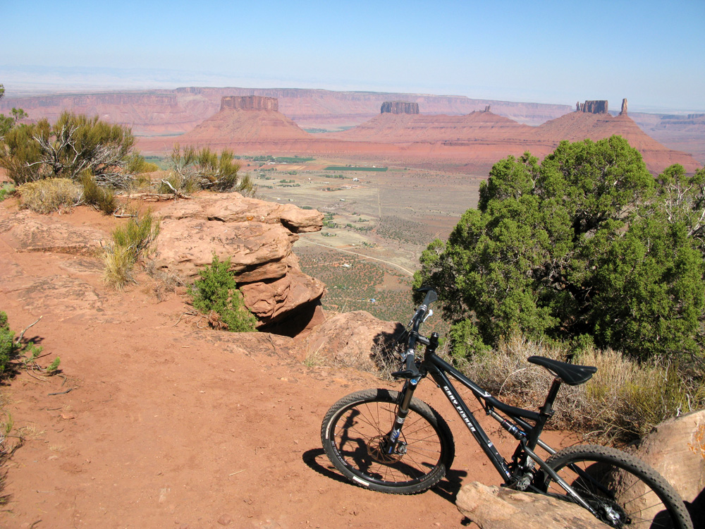 Porcupine Rim: 3 mile climb and 11 miles of downhill, doesn't get any better.