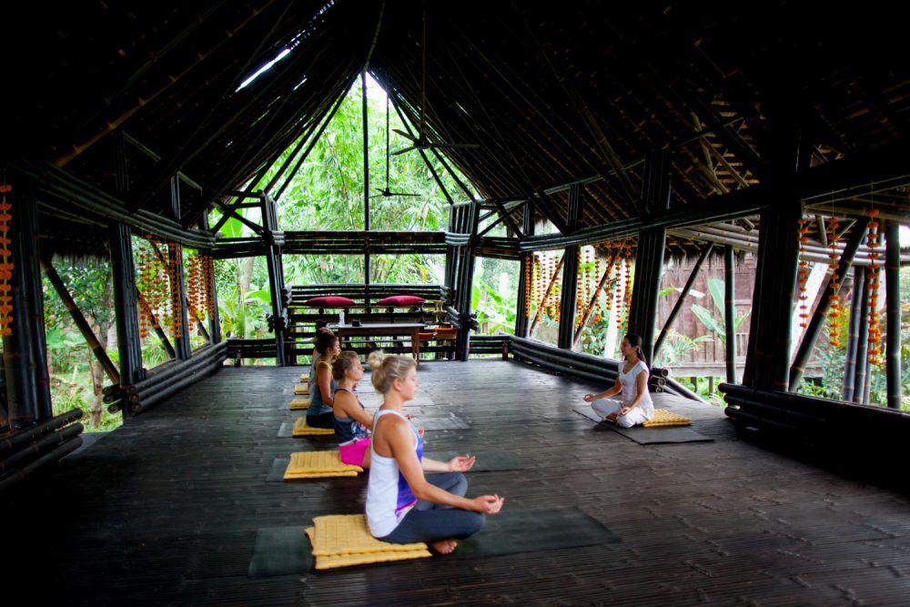 yoga-bambu-indah