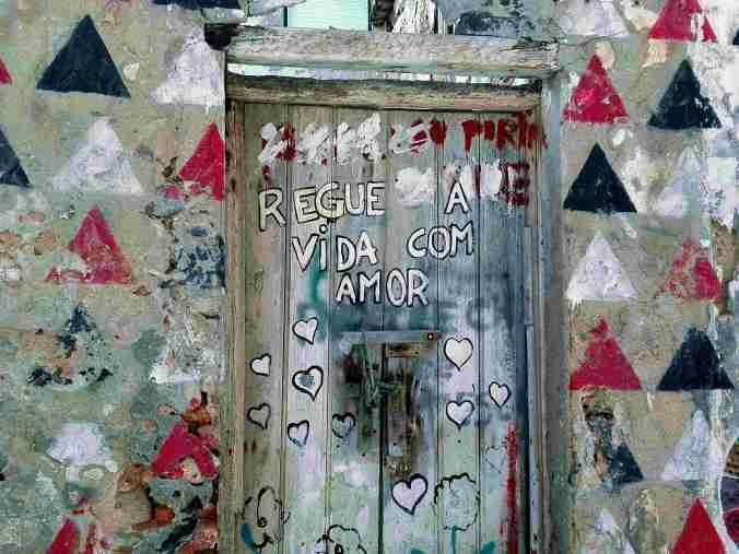 calle_nazare_portugal_elviajenotermina_blog de viajes