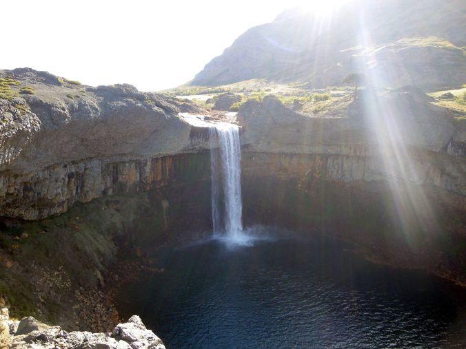 cascada_copahue_argentina_elviajenotermina_blog de viajes
