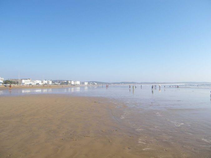 playa_essaouira_marruecos_elviajenotermina_blog de viajes