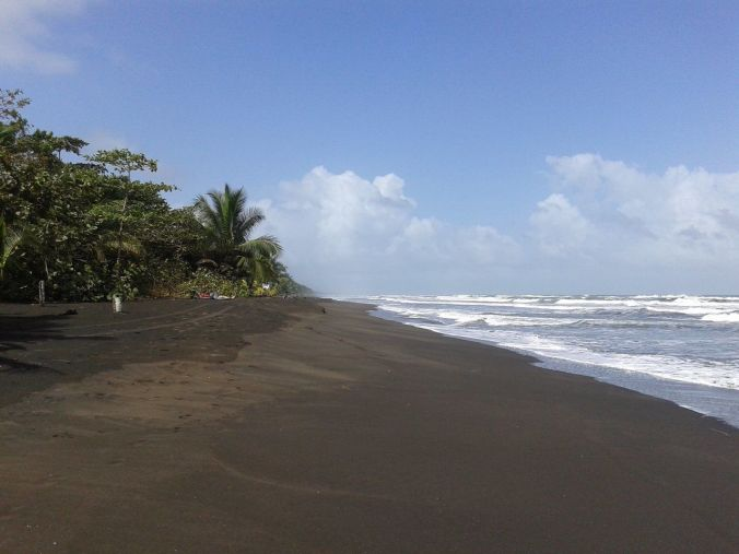 playa_tortuguero_costarica_elviajenotermina_blog de viajes