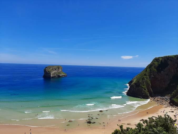 Playa Ballota - Asturias - El Viaje No Termina