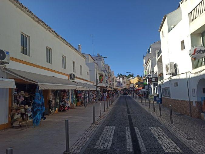 Carvoeiro - Algarve - Portugal - El Viaje No Termina