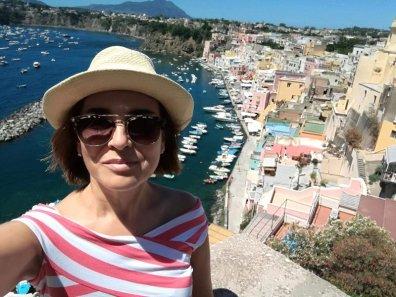 Punta dei Monaci en la isla de Procida en Italia