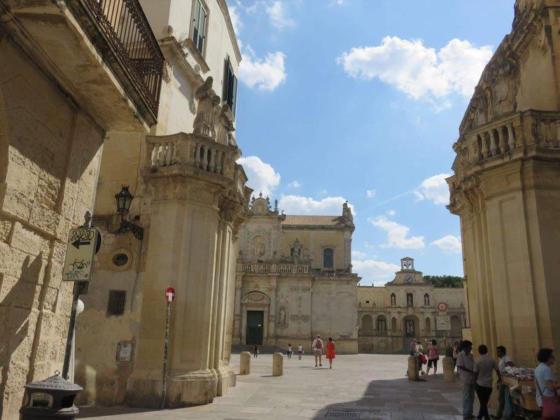 entrada-a-la-plaza-de-la-catedral