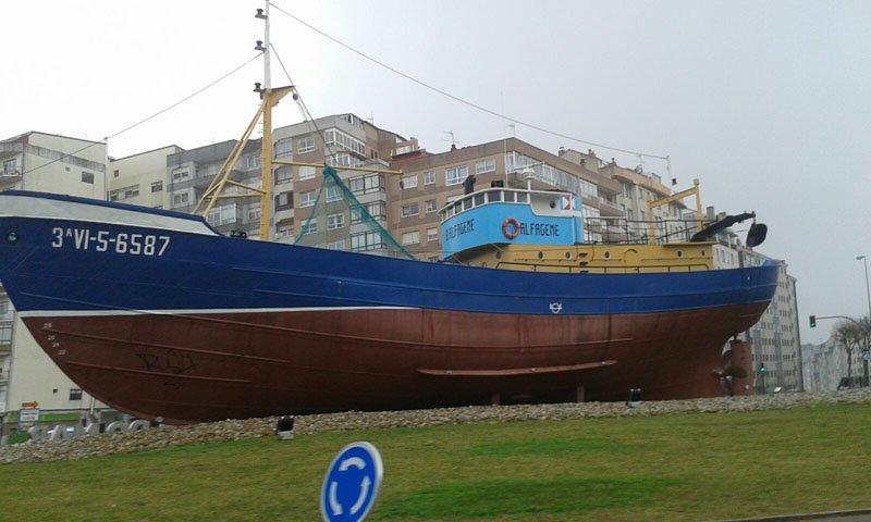 El barco en Coia