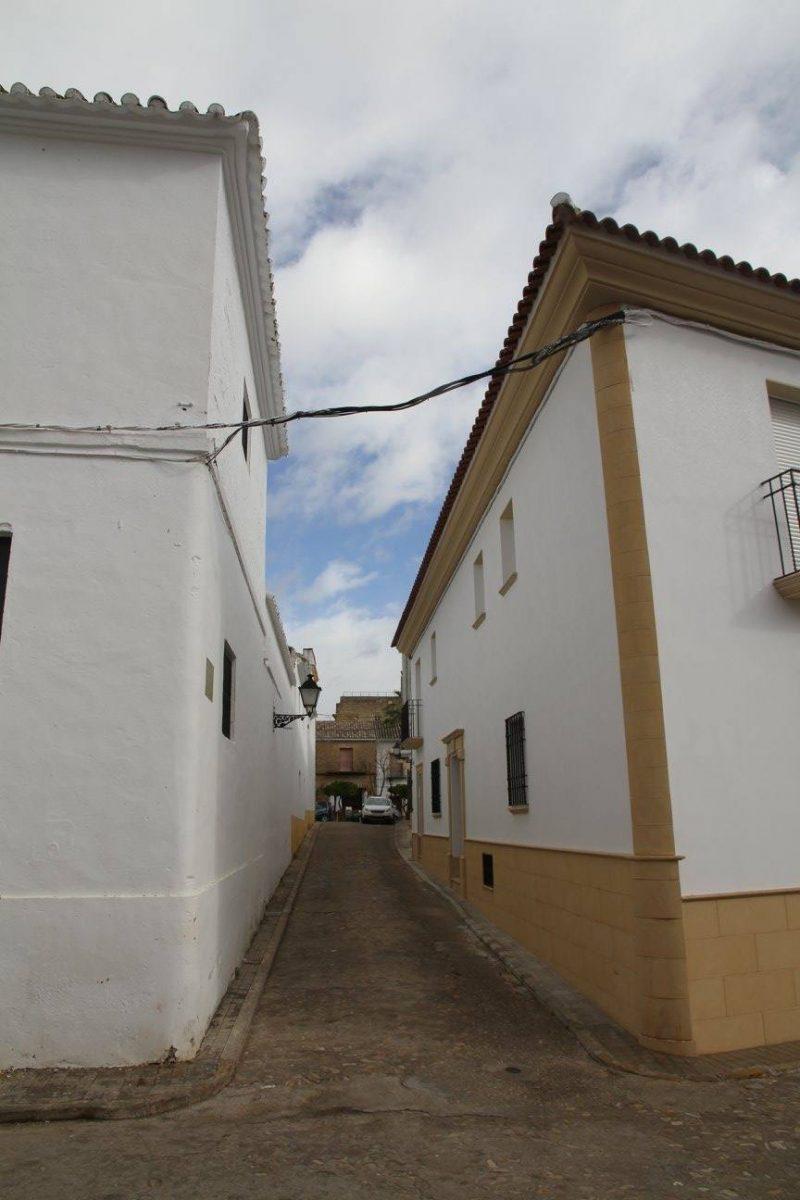 Calle Sevilla en Cañete de las Torres en Córdoba