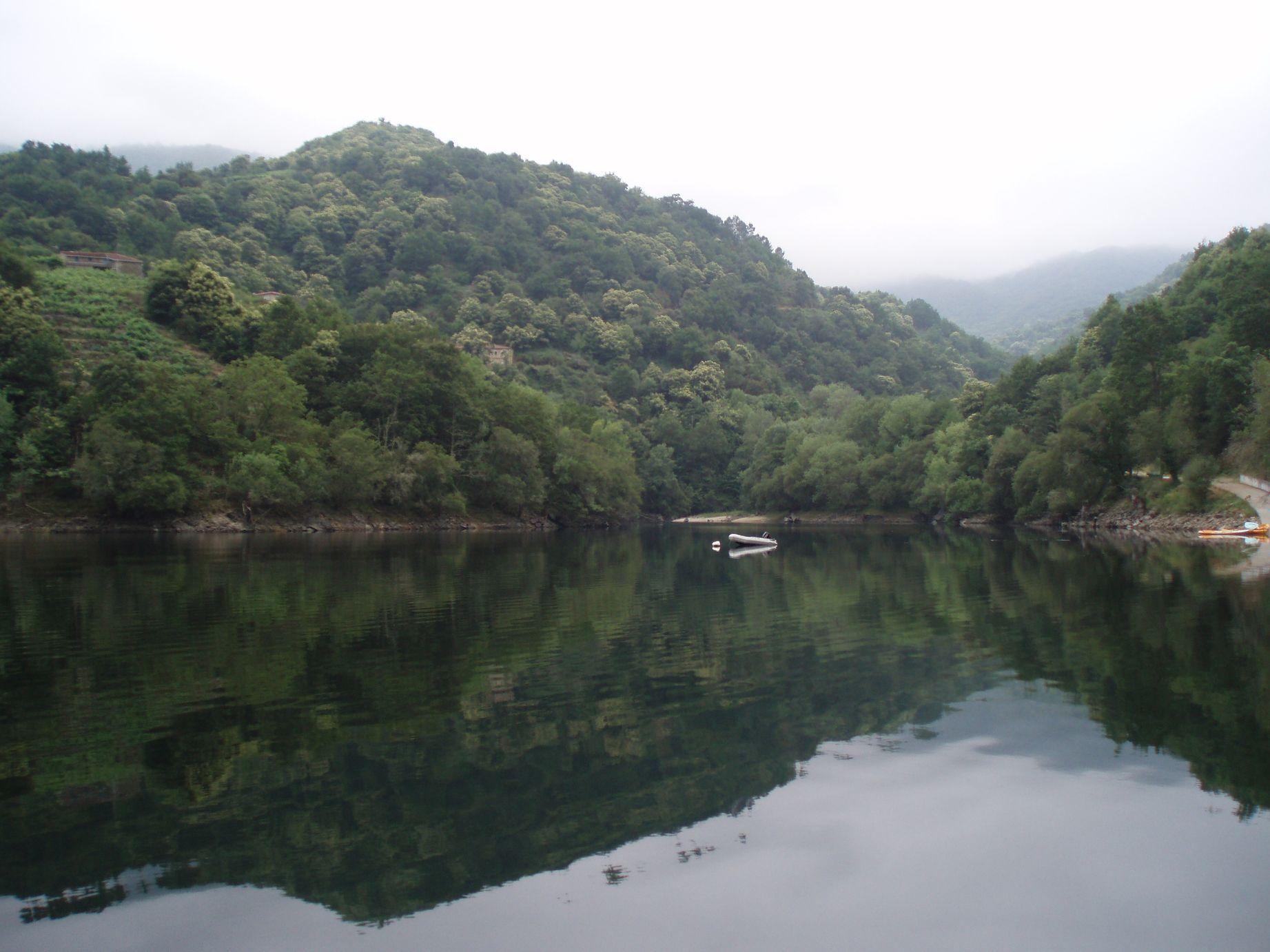 Río navegable