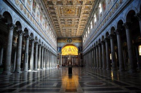 basilica-san-pablo-extramuros-interior