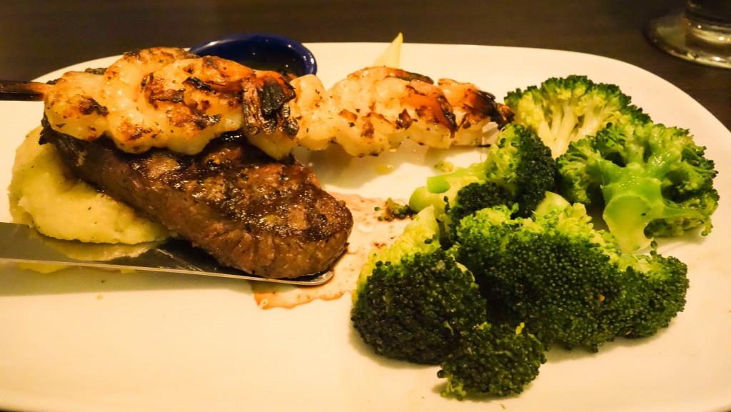 Grilled sirloin & shrimp