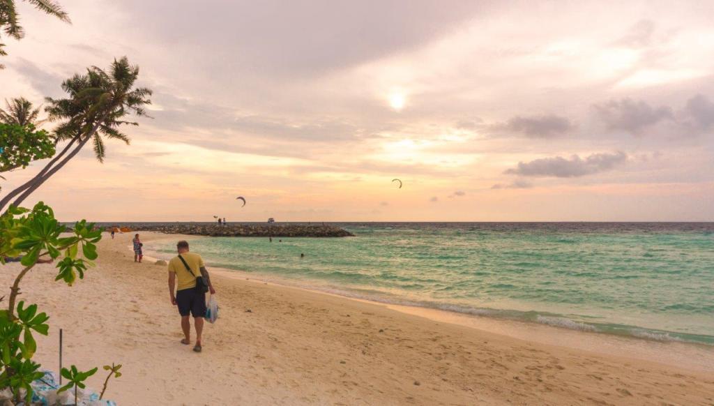 maldives beach bikini beach maldives visit maldives