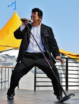 A Tribtue to Elvis Presley