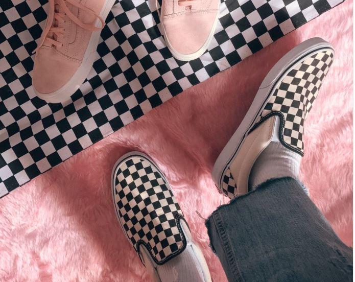 Las nuevas zapatillas Tumblr, colaboración de Vans y Lazy Oaf