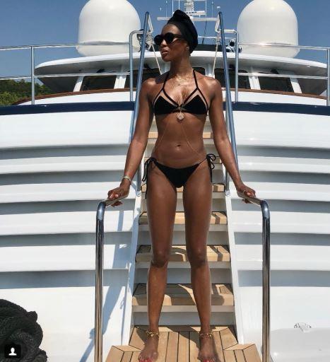 naomi campbel en bikini