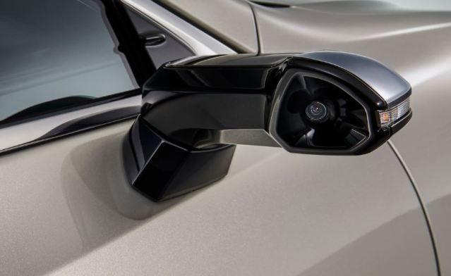 El Lexus ES 2019 ofrece reemplazo de espejos retrovisores por cámaras