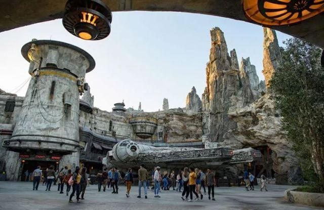 Descubre el primer parque Star Wars de Disney