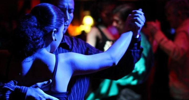 empezar a bailar