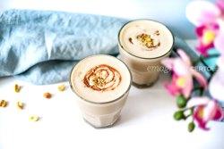 Milkshake fit de amendoim do blog Emagrecer Certo