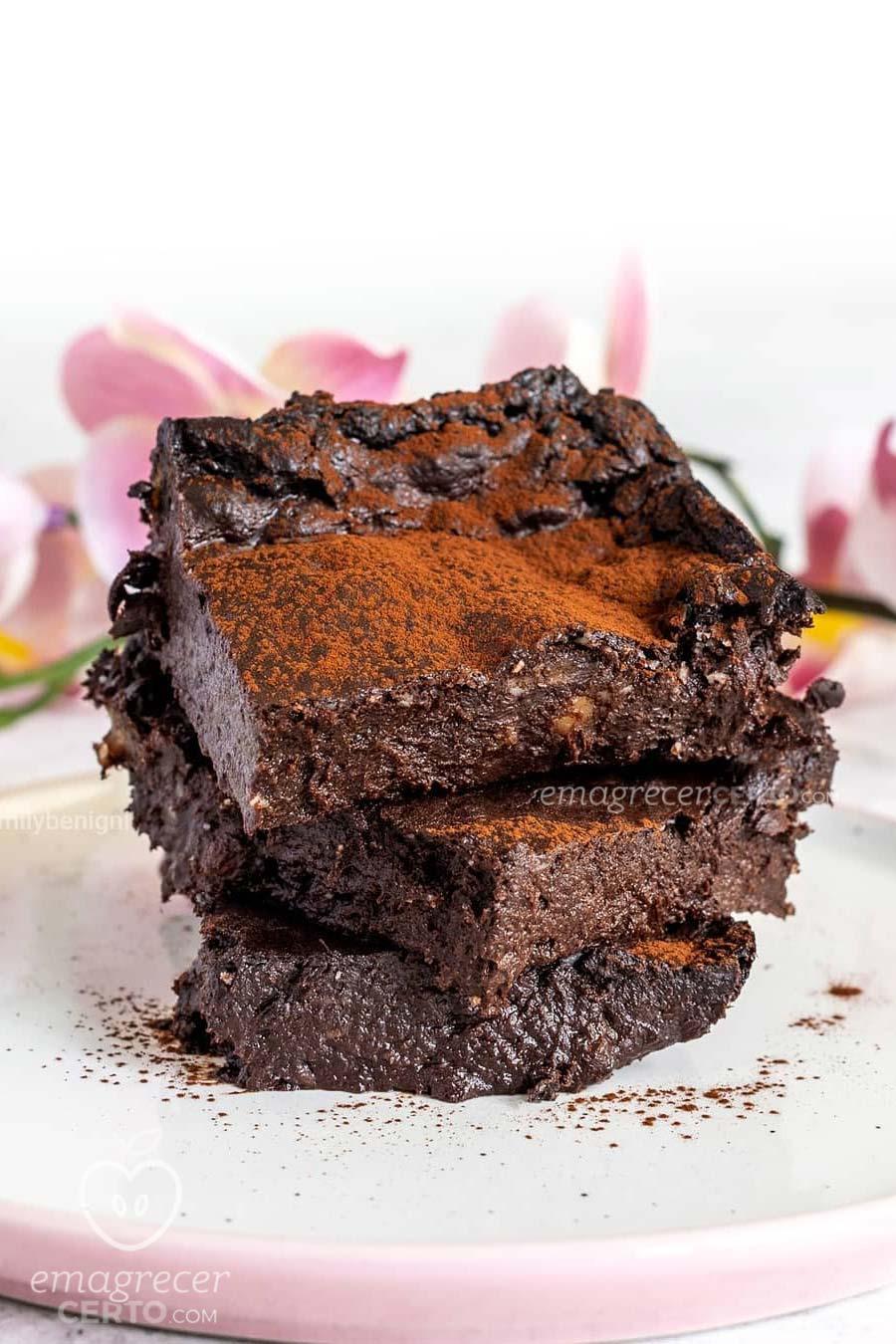 Brownir Fit com 4 ingredientes e sem farinha - Blog Emagrecer Certo