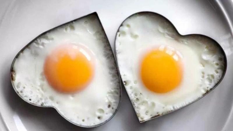 Quem tem colesterol alto pode comer ovo