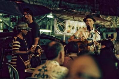 Guitarman Jalan Alor