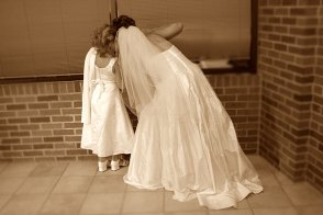 097_peeking_bride