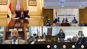 وزير الاتصالات ووزيرة التضامن