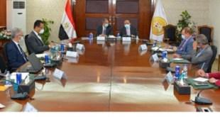"""وزارة التنمية المحلية تطلق مبادرة """"شغلك في قريتك"""" بالتعاون مع وزارة الاتصالات"""