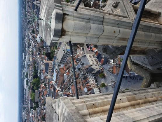 Vue depuis le sommet de la tour de la cathédrale de Malines